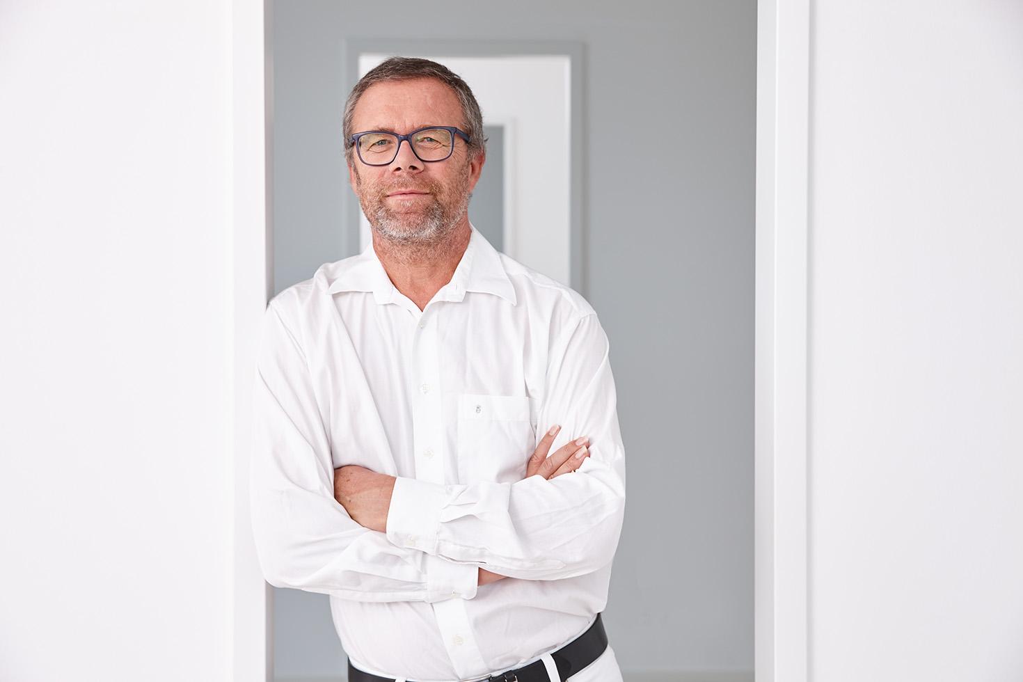Dr. med. Jörg Ostenda
